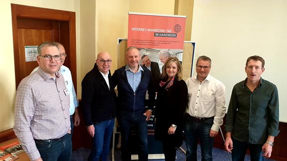 Zufriedene Teilnehmer beim Content Marketing Workshop